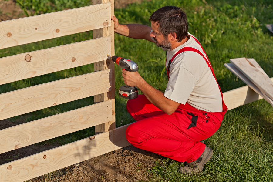 This is a picture of a fencing pro.